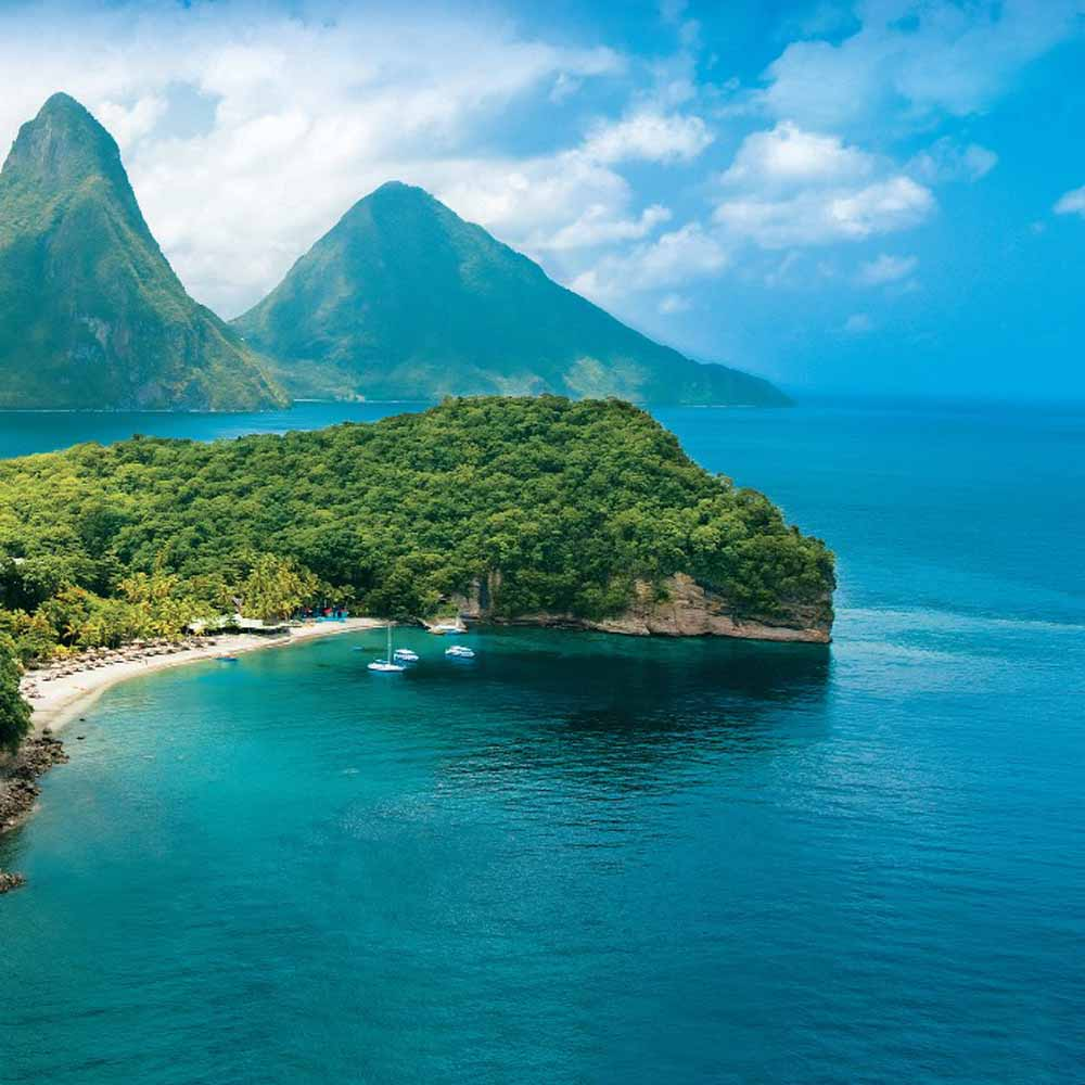 Travel Counsellors Contributions to Honeymoon Suite in St Lucia