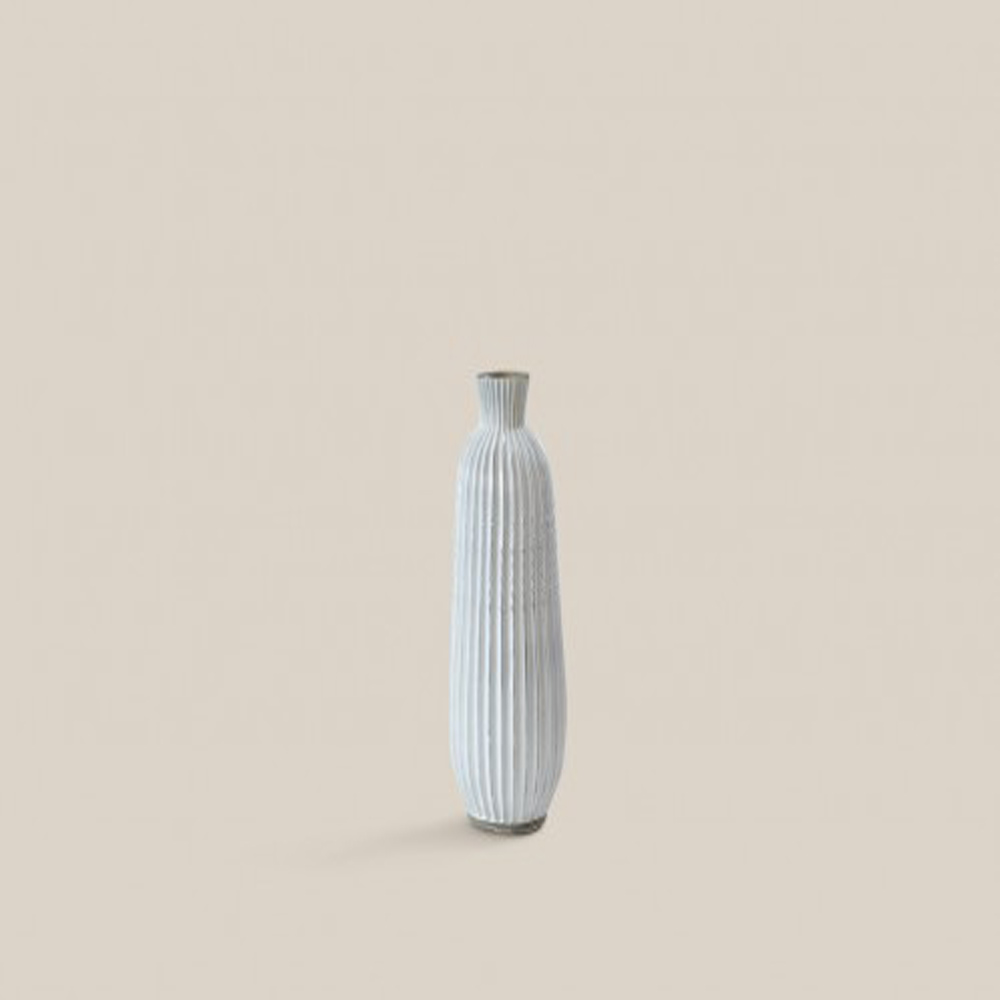 Menen Vase