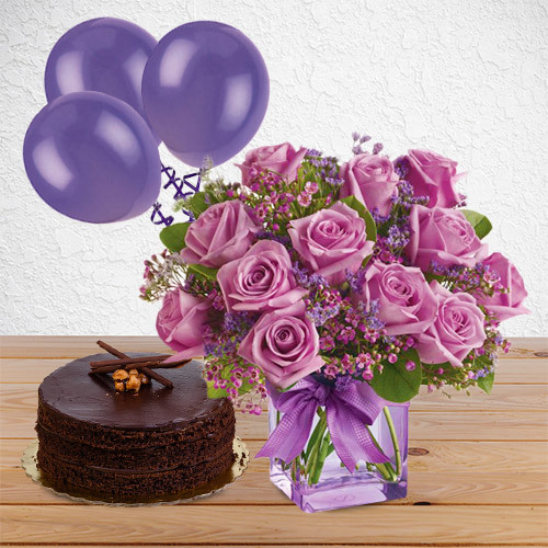 Purple Medley Package with (Chocolate Hazelnut Cake and 3 Balloons)