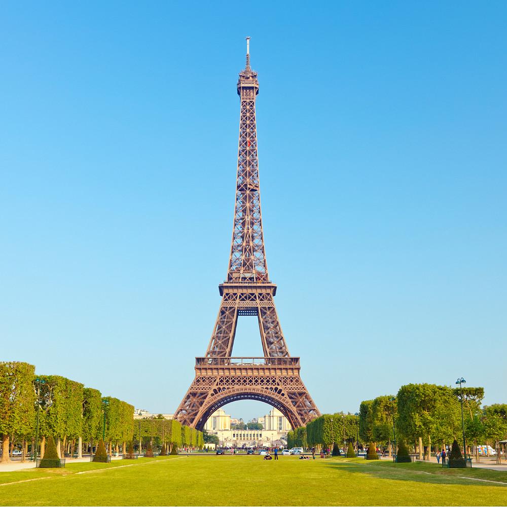 Contribution to Honeymoon Suite in Paris