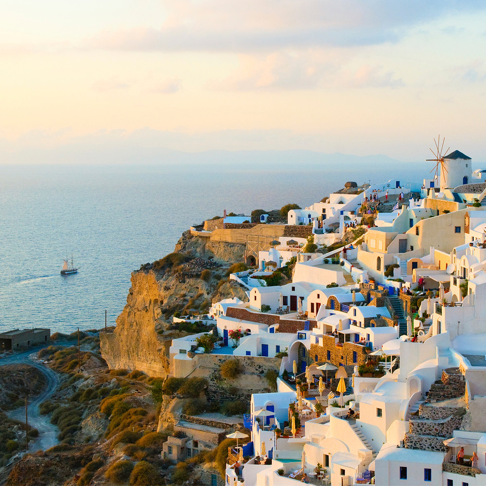 Travel Counsellors Contributions to  Honeymoon Suite in Greece