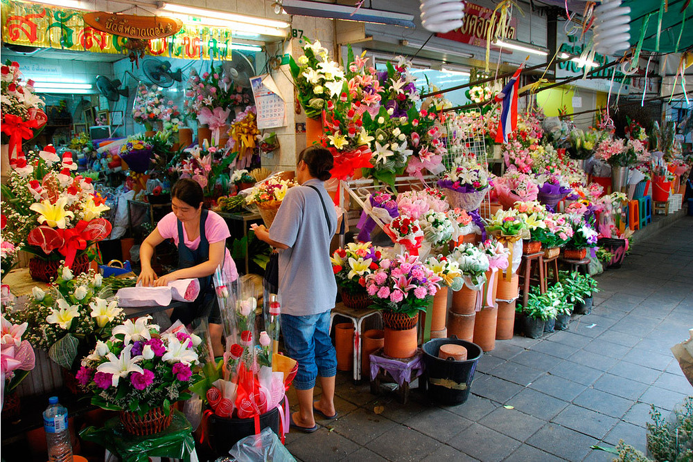 Private Tour - Evening flower market and Patpong