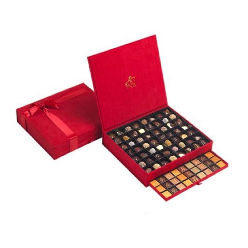 Godiva Extra Large Royal Coffret (Red Color)