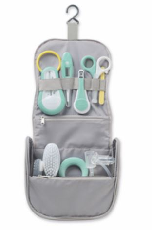 HANGING TOILETRY POUCH WITH 9 ACCESSORIES