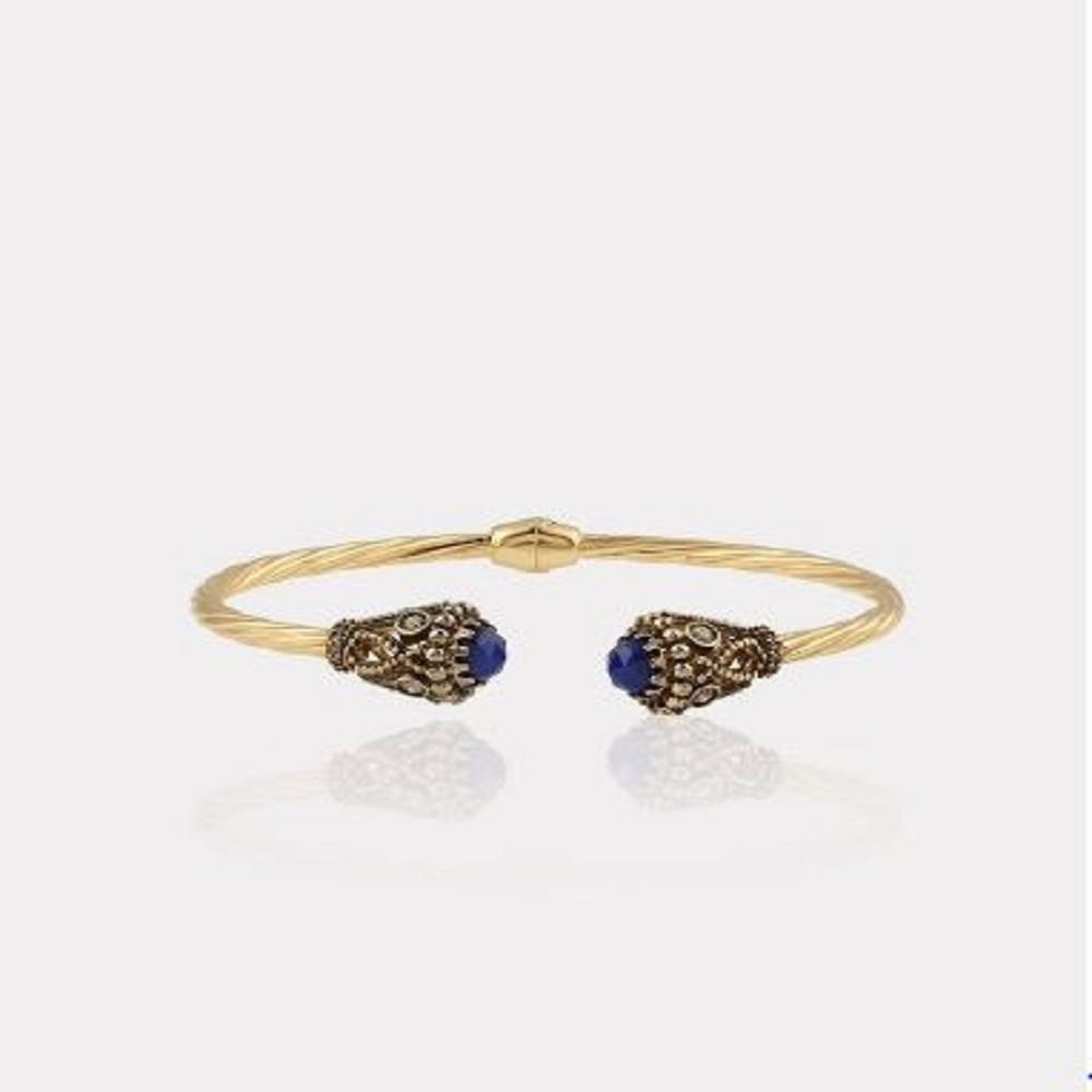 Myras Bangle With Sapphire