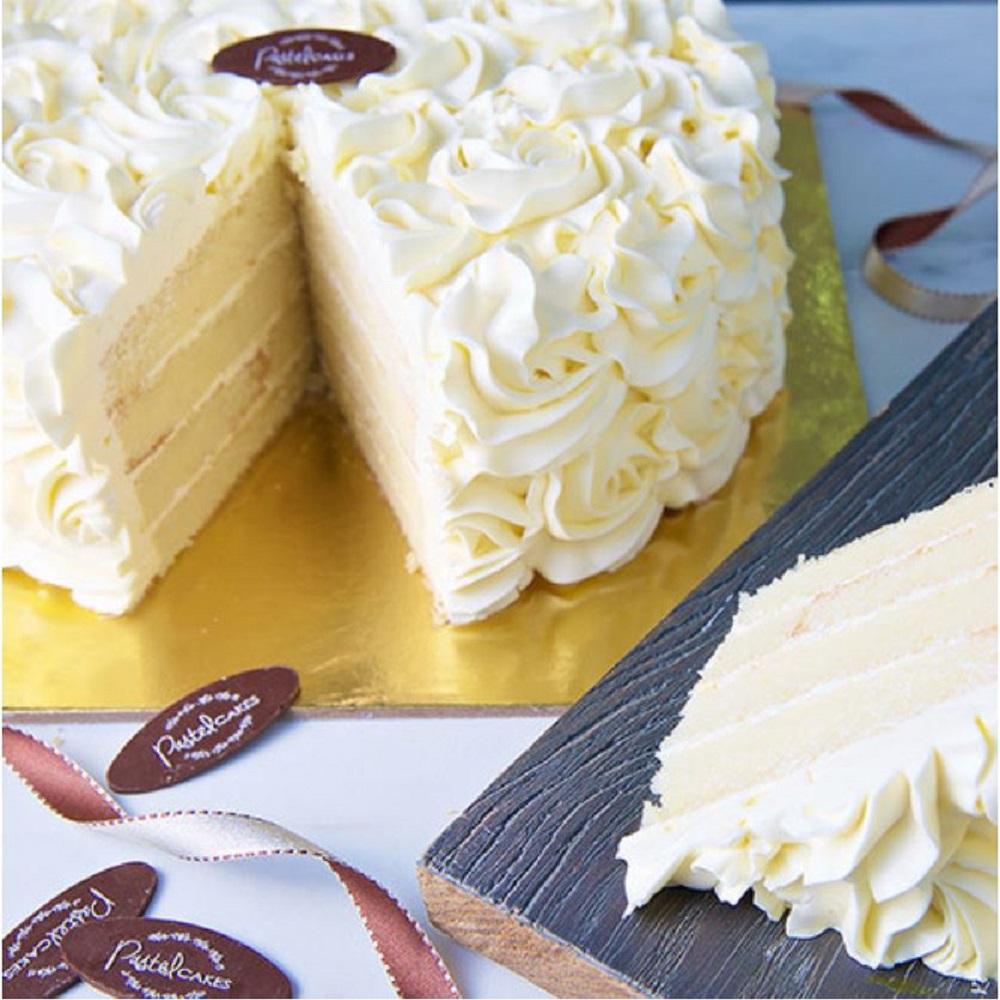 Vanilla Sponge Layered Cake (Serves 8)